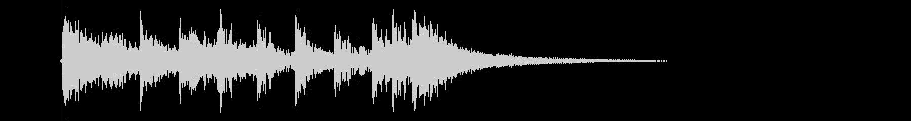 シンセによる緊迫感のある短いサウンドの未再生の波形