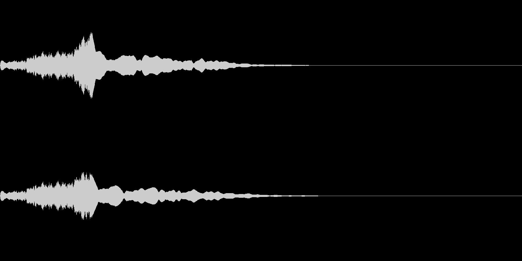 機械的な「フィーン」とゆう効果音の未再生の波形