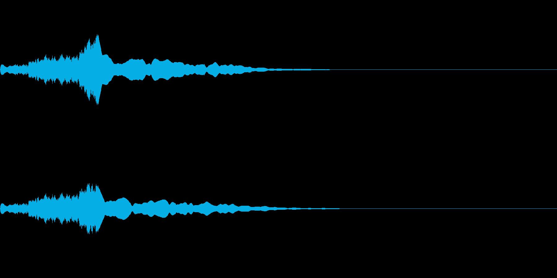 機械的な「フィーン」とゆう効果音の再生済みの波形
