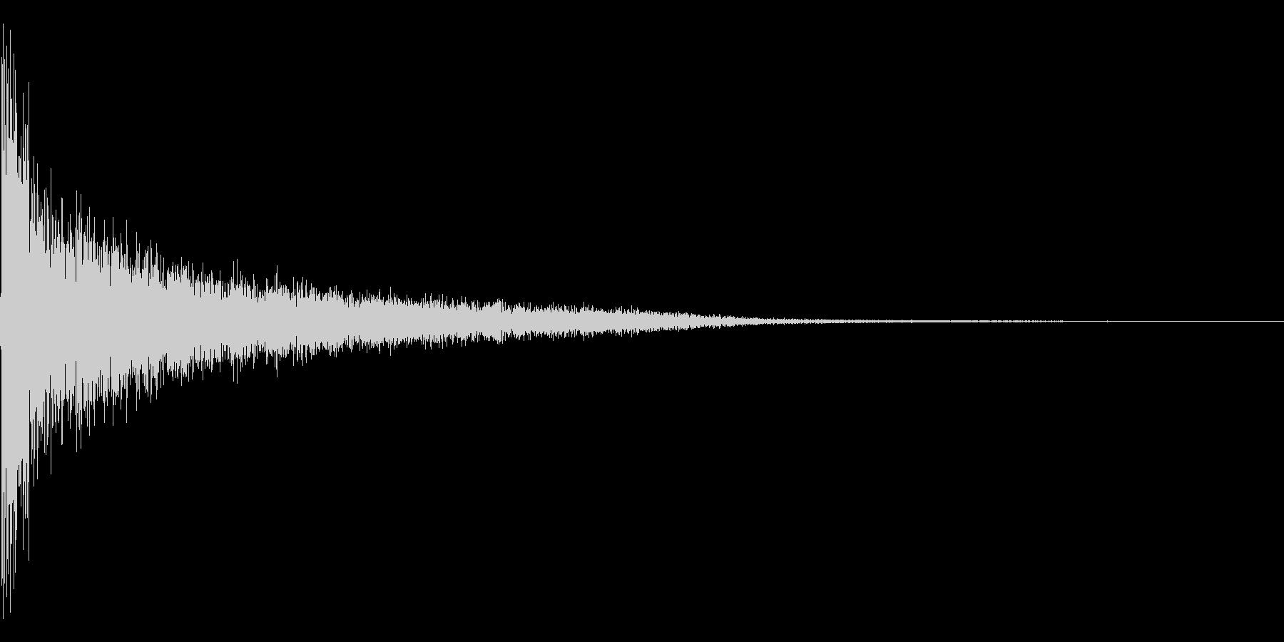ピショーン。思い出す・睨む音(低)の未再生の波形