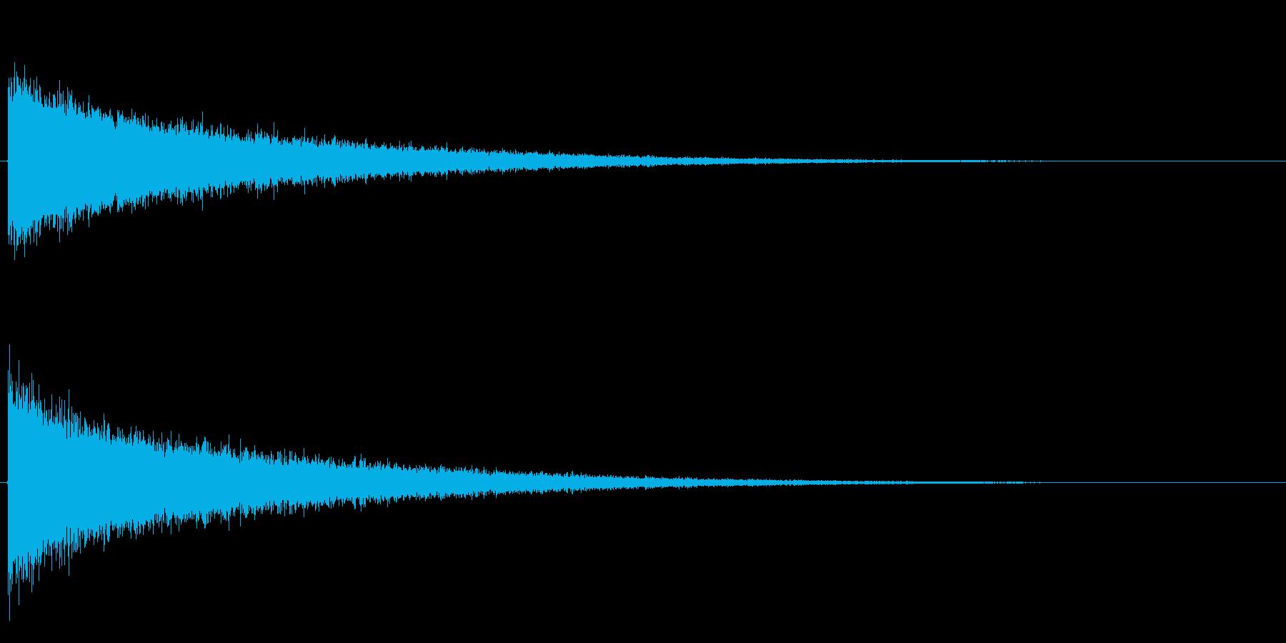 シャーンという高い音です。頭の中で強い…の再生済みの波形