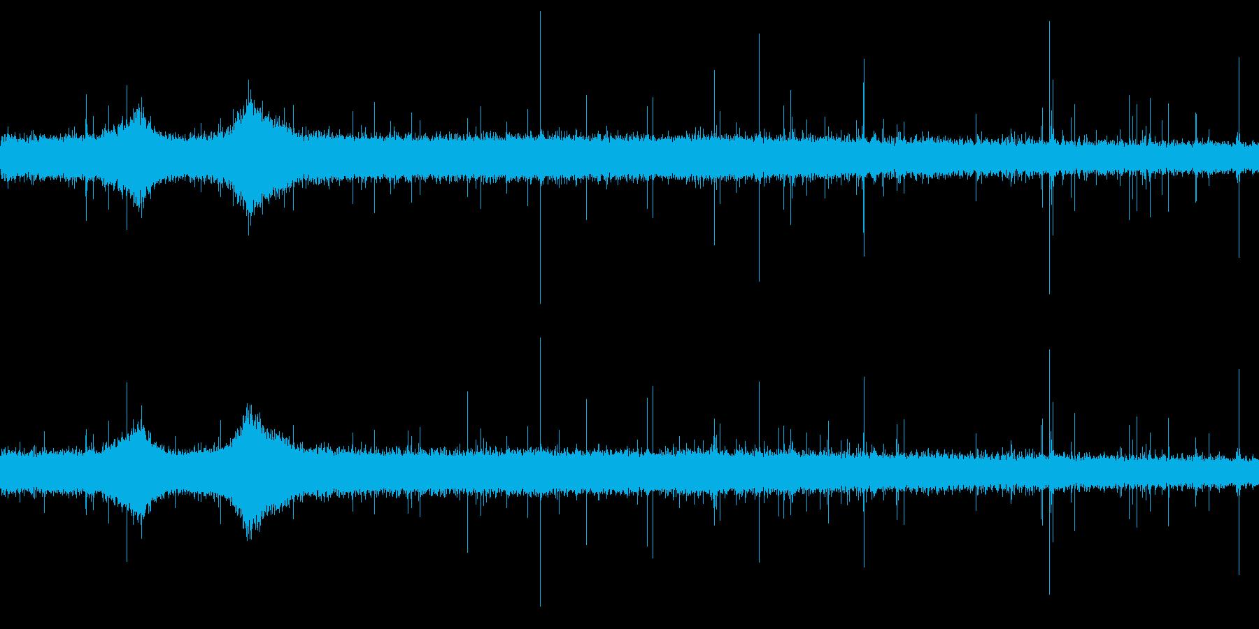 【生音】 梅雨 - 豪雨_17の再生済みの波形