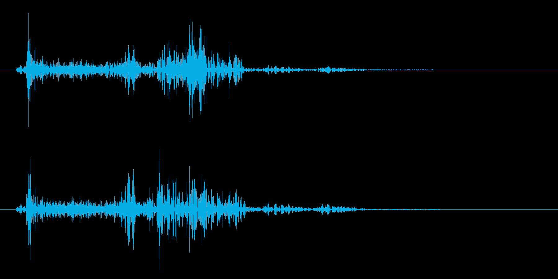 紙を1枚めくるときに出る音の再生済みの波形