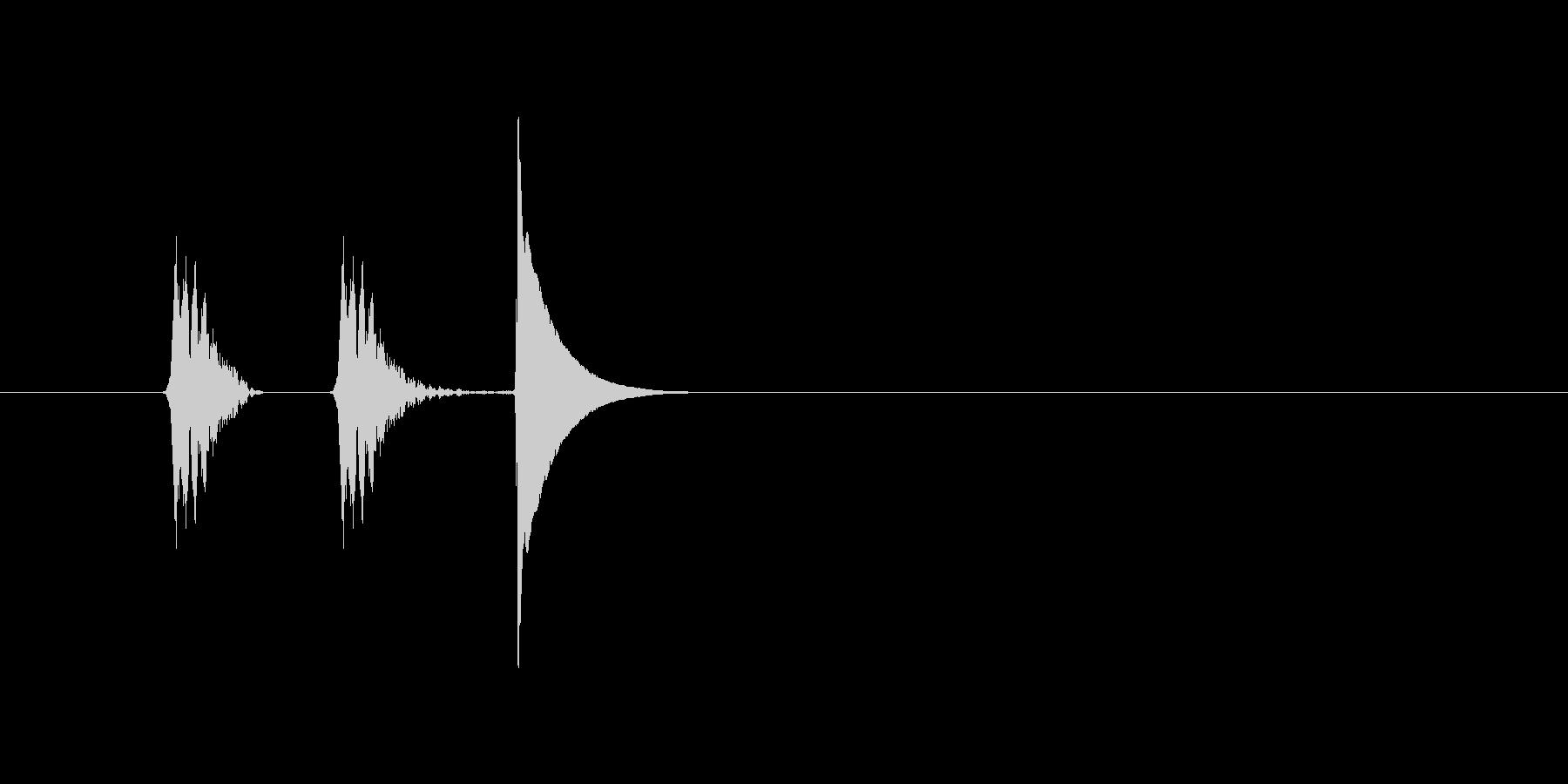 「カチッ」スマホアプリのタッチ音想定の未再生の波形