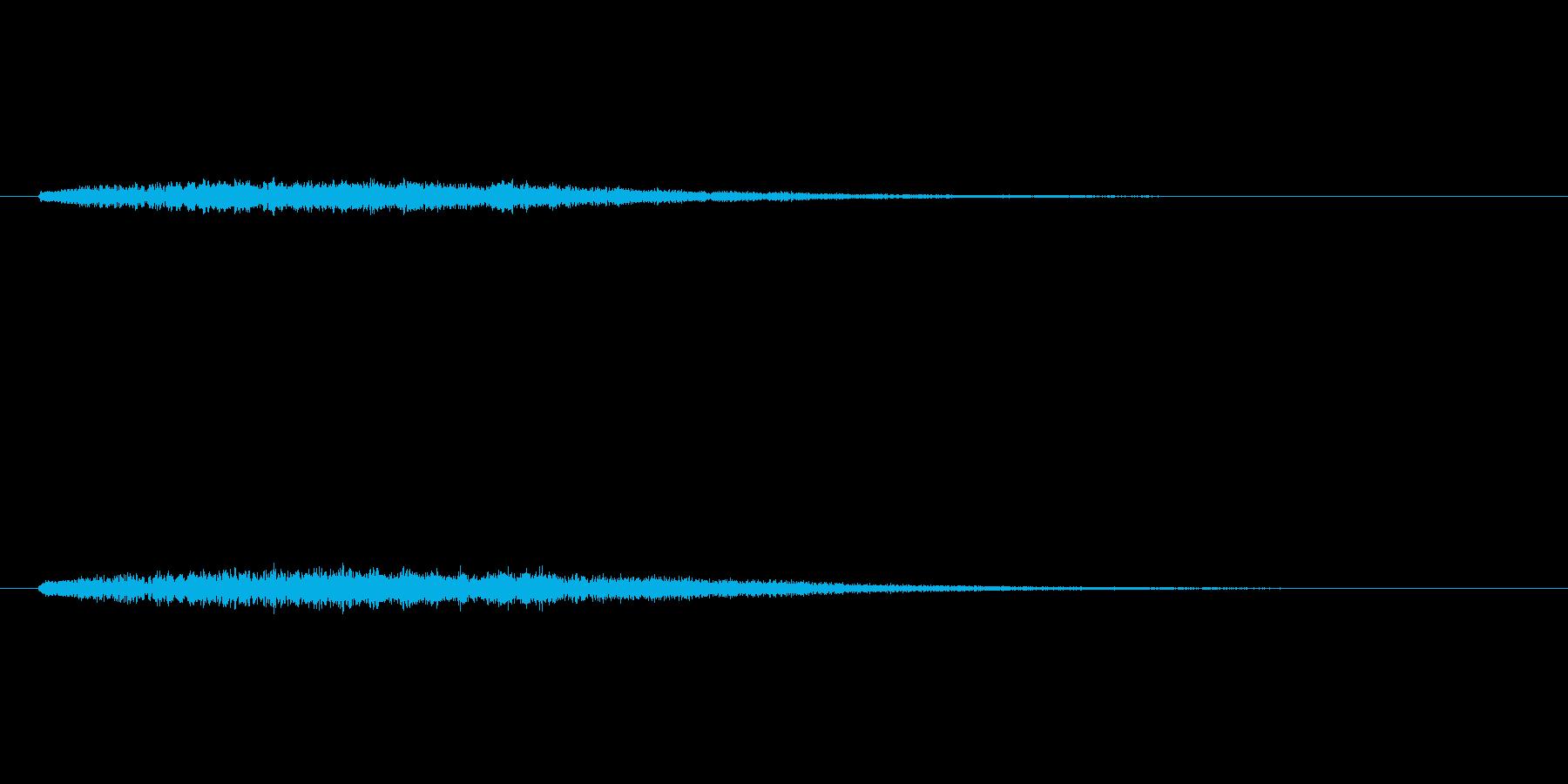 上昇するシンセベルによるサウンドロゴの再生済みの波形