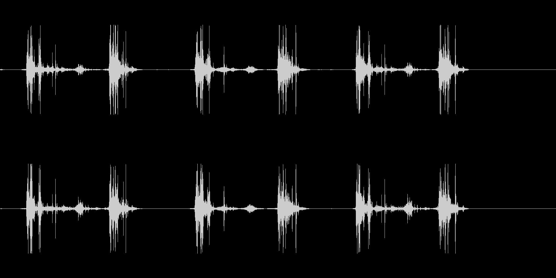 山の足音などにの未再生の波形