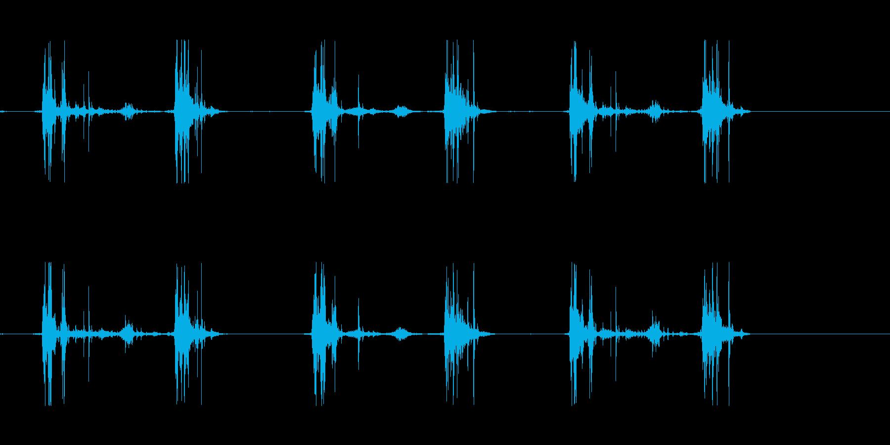 山の足音などにの再生済みの波形