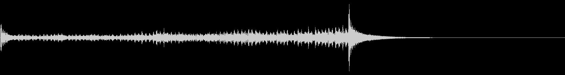 ティンパニーロール☆ロング3の未再生の波形