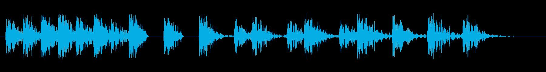 飛んでいるものが着地する際の音などにの再生済みの波形