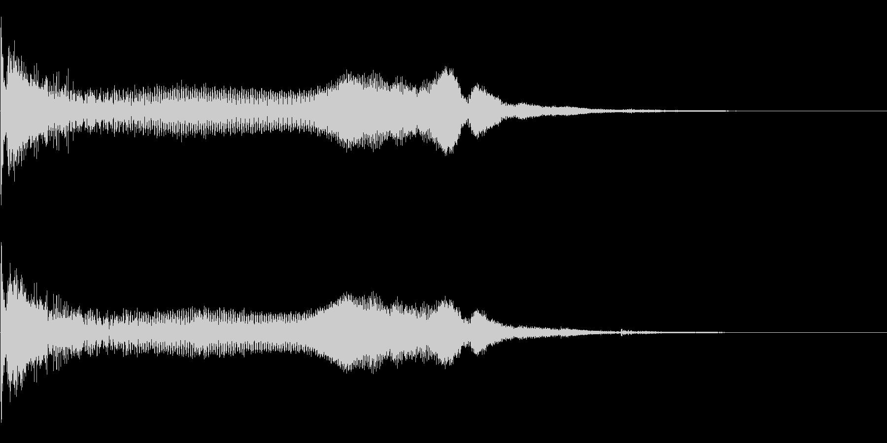 重い金属系 タイトルロゴ、アイキャッチ音の未再生の波形