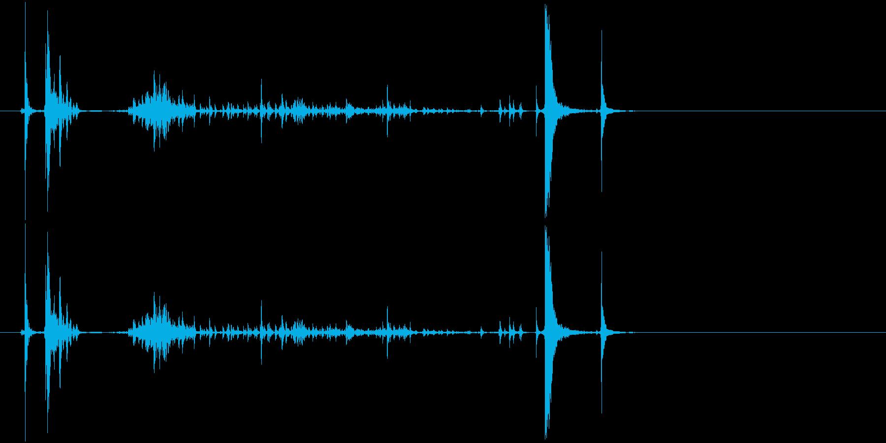 缶詰を開ける音の再生済みの波形