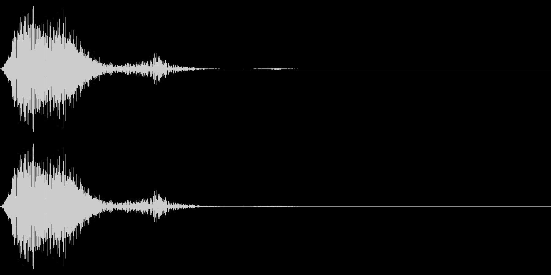 アニメの格闘シーンにありそうな防御SEの未再生の波形