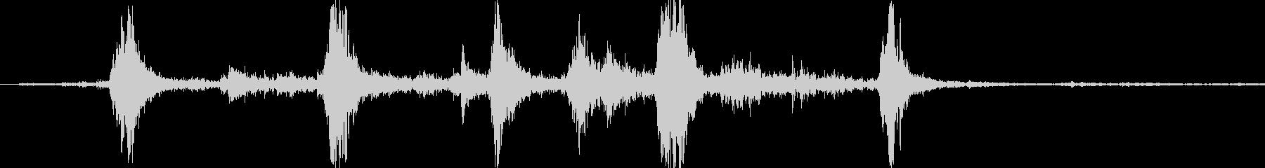 ガラガラ(玄関を開ける音) 音量大の未再生の波形