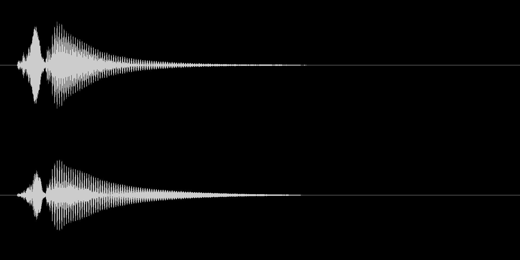 スポッ(コルク栓を一気に抜く時の音です)の未再生の波形