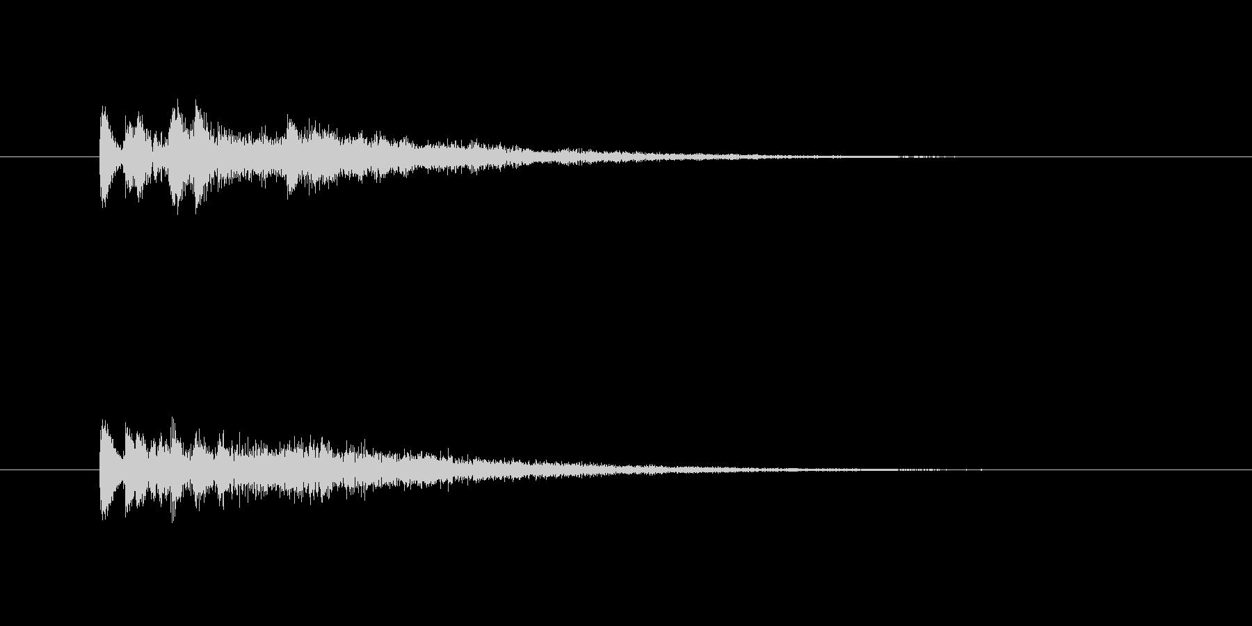 やや機械的で優しい雰囲気のあるサウンド…の未再生の波形