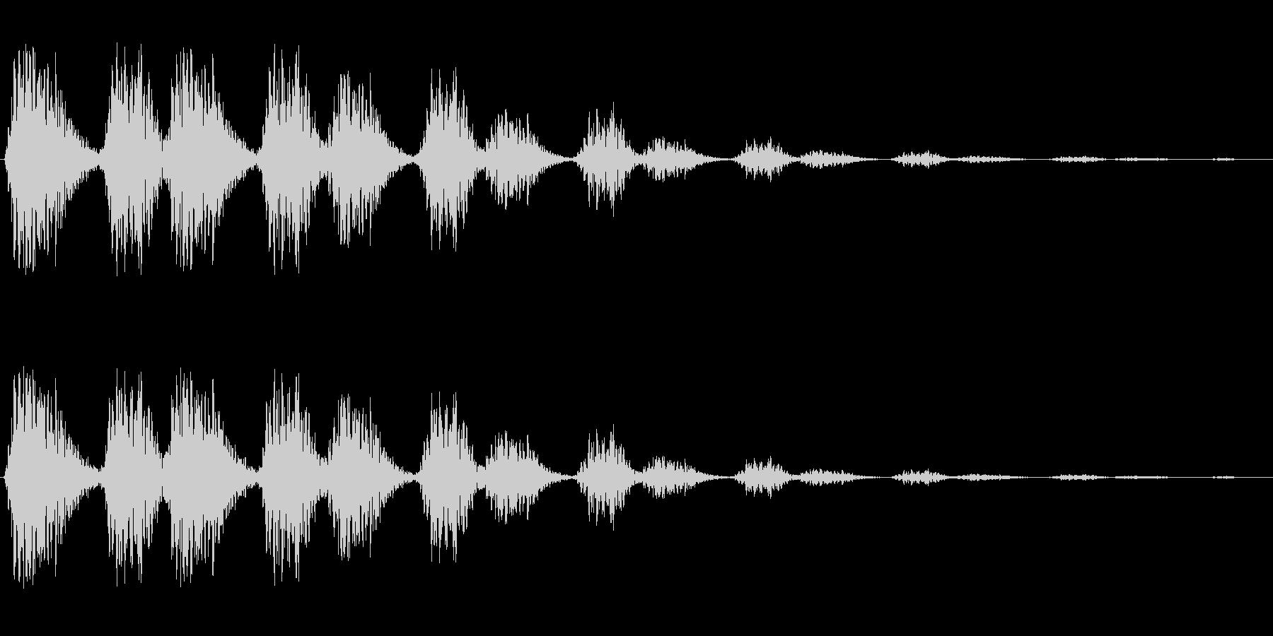 ビヨビヨ(伸びたバネのような音)の未再生の波形
