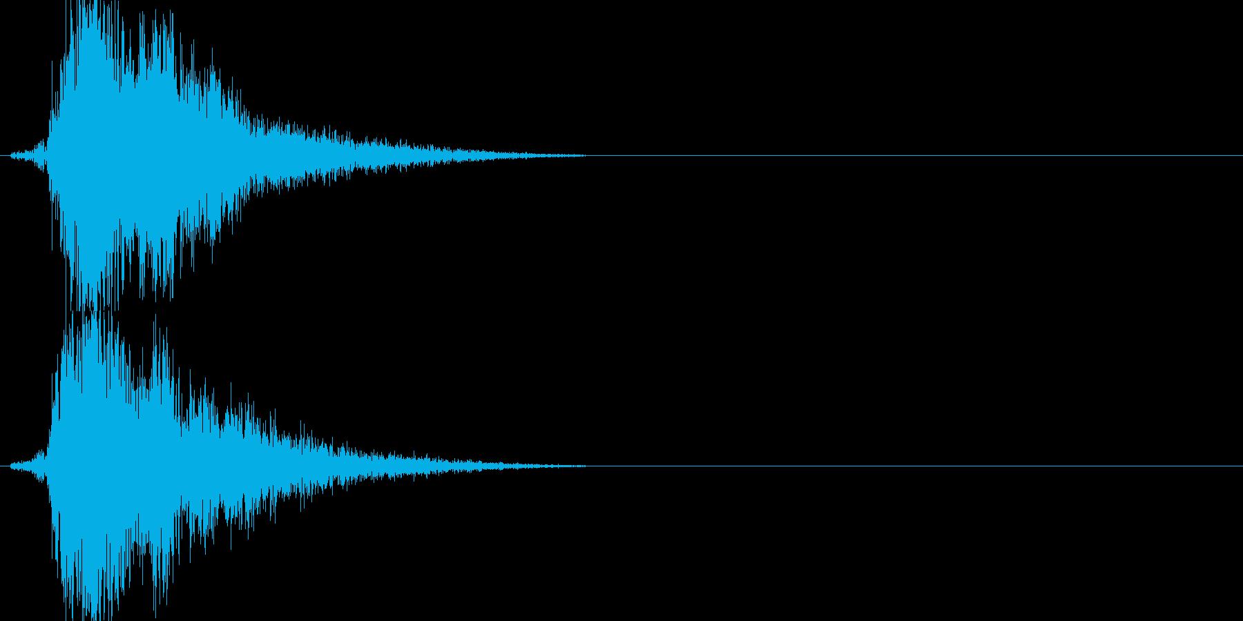 刀の素振り(ピュッと鋭い音)の再生済みの波形