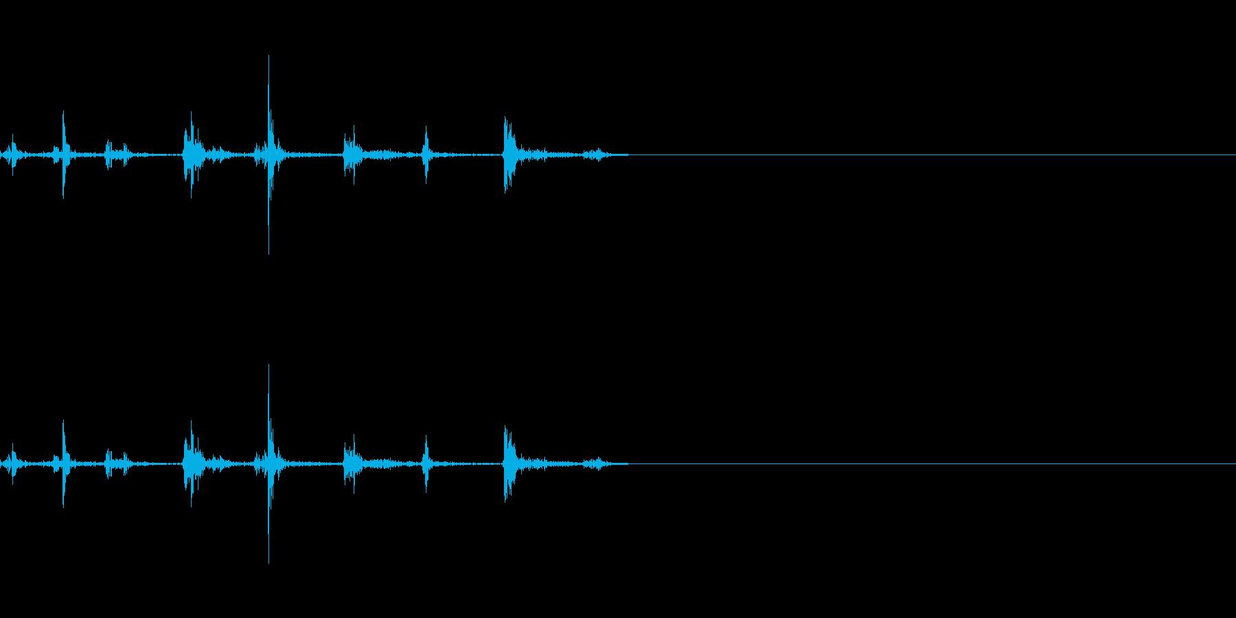 カタカタとキーボードを叩く音の再生済みの波形