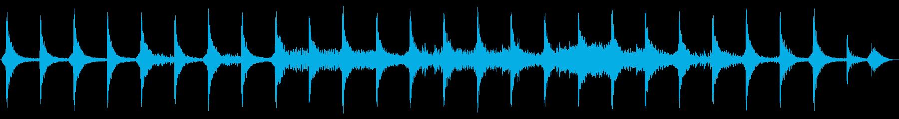 ピアノとディレイがメインの幻想的なBGMの再生済みの波形