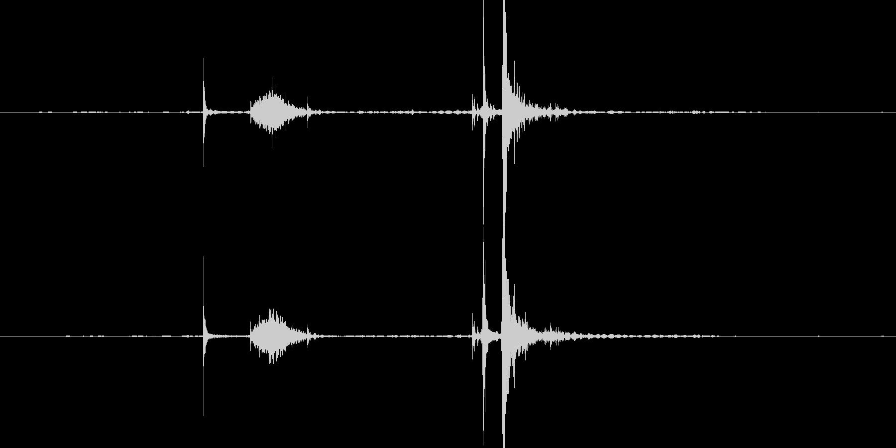 プシュッ 缶を開ける音の未再生の波形