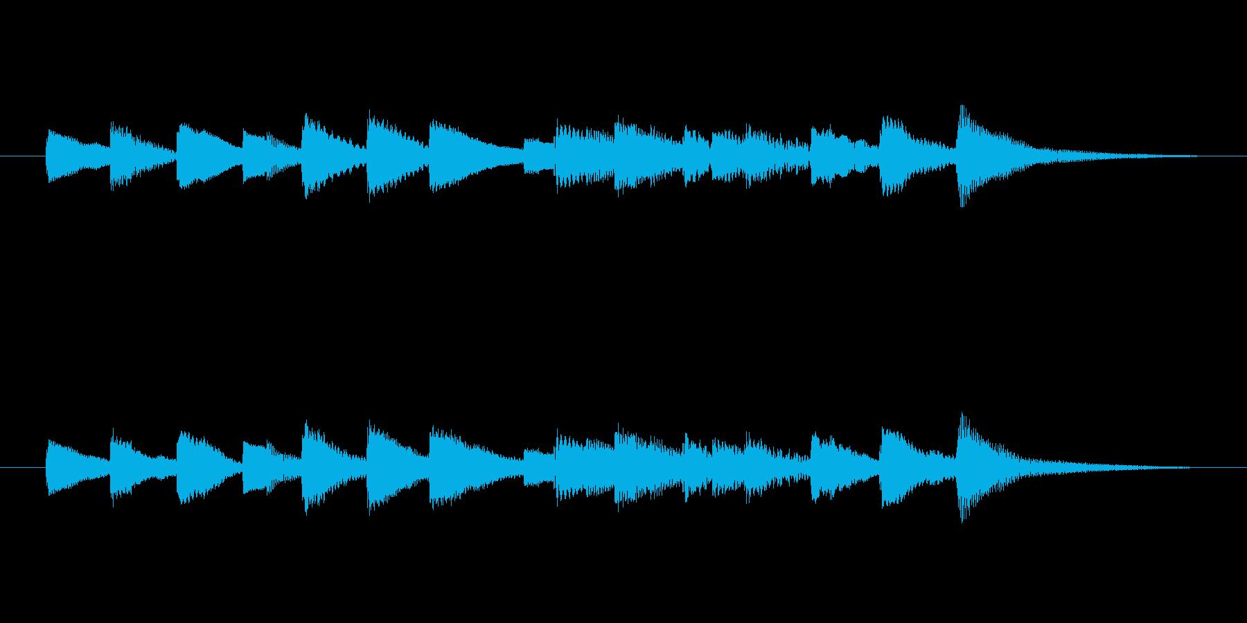 オルゴール音の短いベルの再生済みの波形