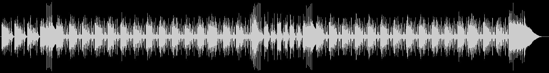 スモーキーな低音ギターの響くダブの曲の未再生の波形
