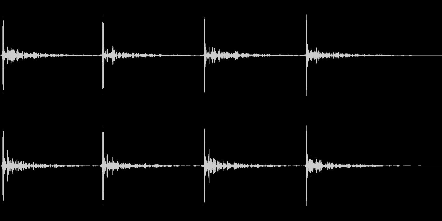 巨大な足音 2の未再生の波形