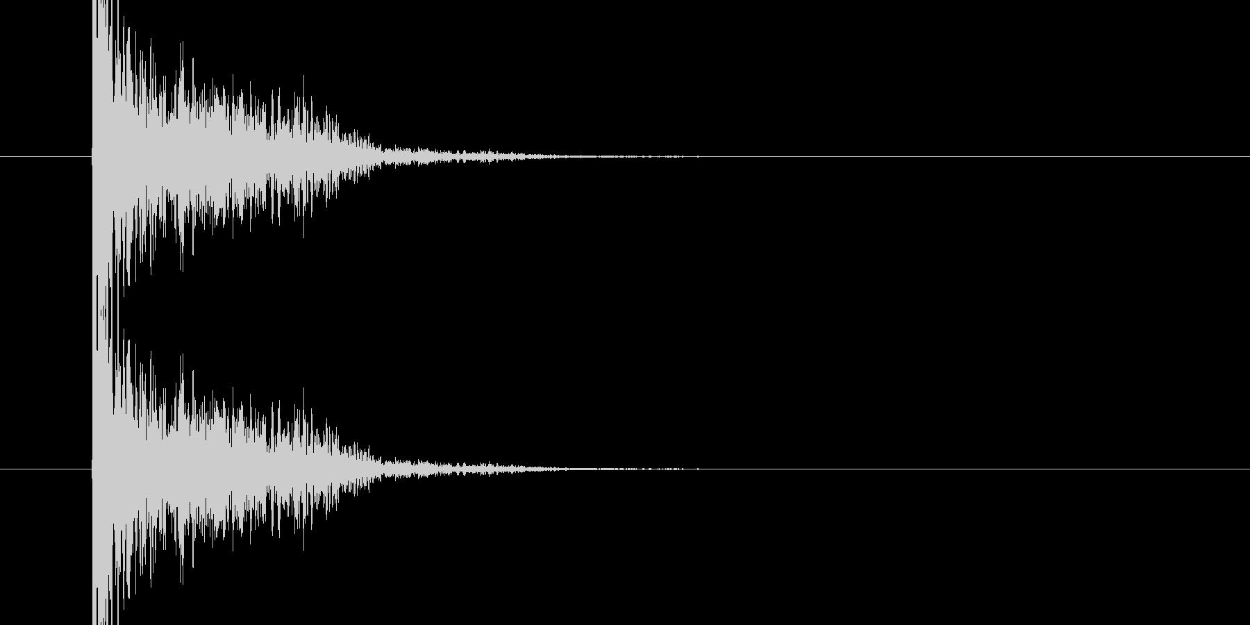 バンという大きめな銃声、破裂音04ですの未再生の波形