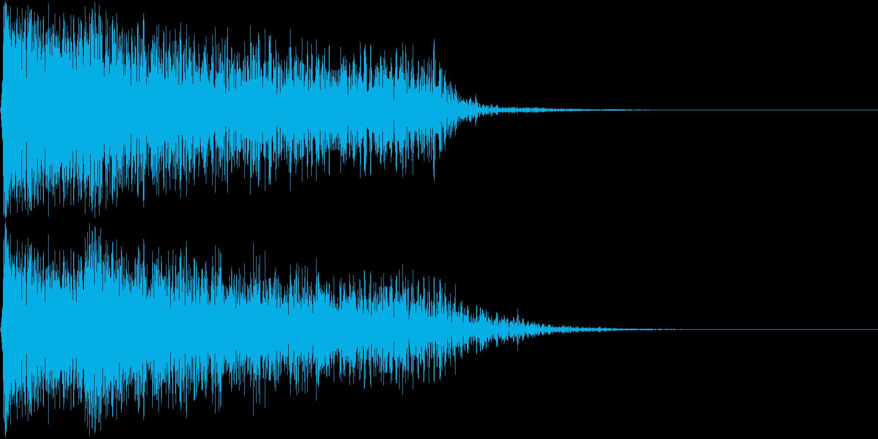 ショックを受けるイメージのピアノ不協和音の再生済みの波形