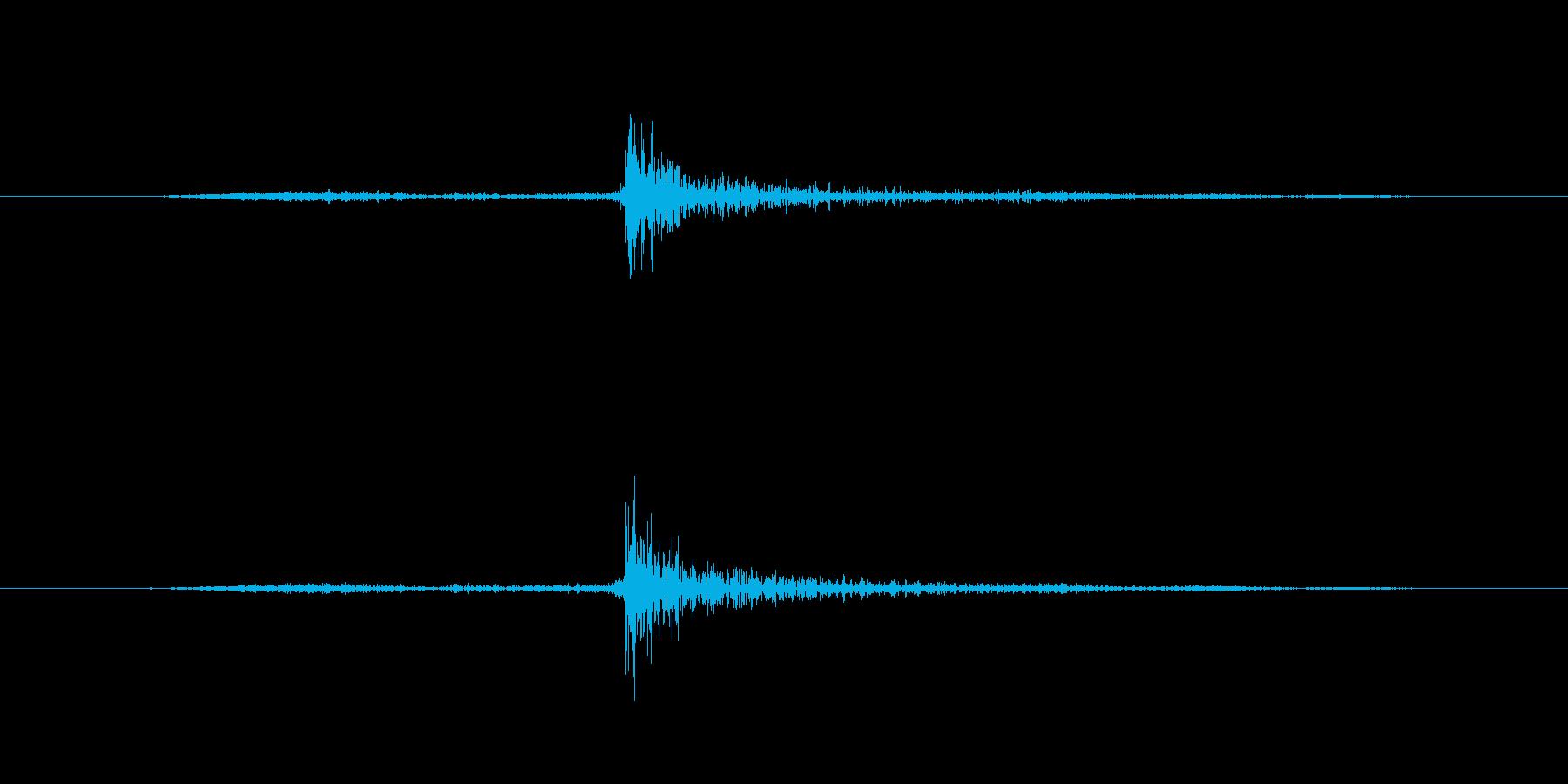 鍵を開ける(鍵を回す音なし)の再生済みの波形
