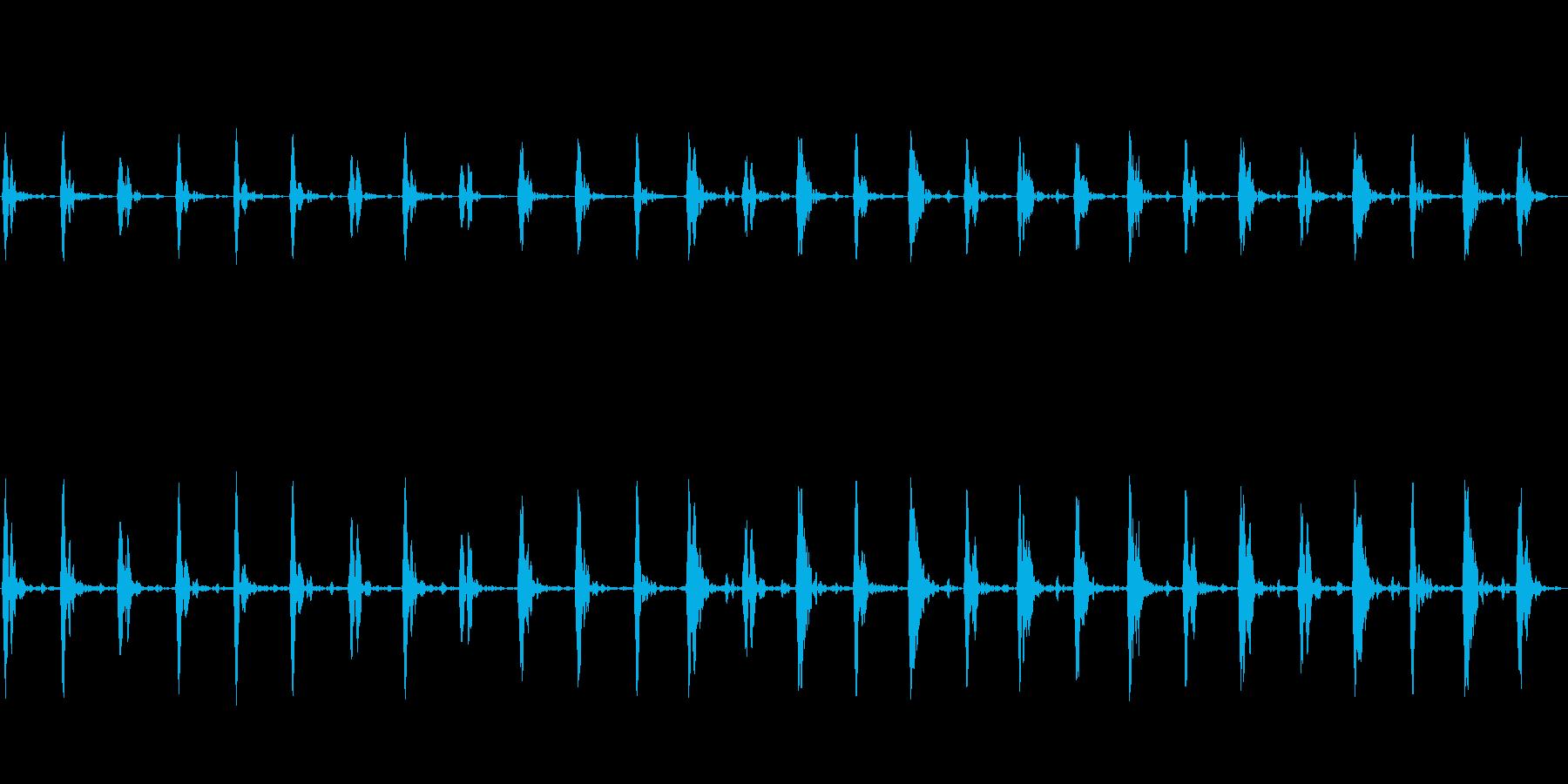 ホラーなどに適した低めの心臓の鼓動③の再生済みの波形