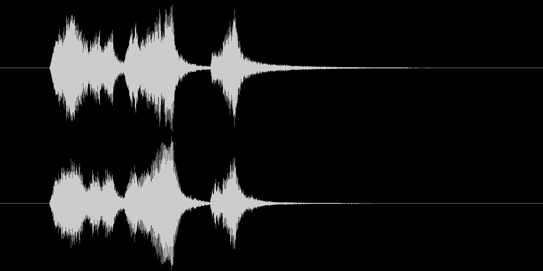 ストリングスの明るいジングルの未再生の波形