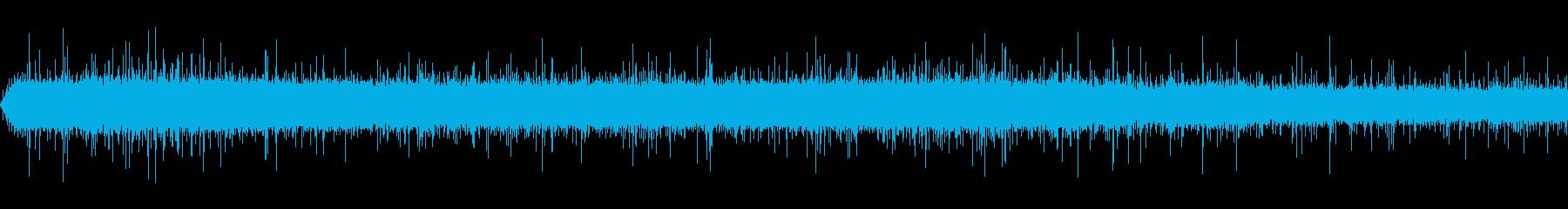 山に降る雨(環境音)の再生済みの波形