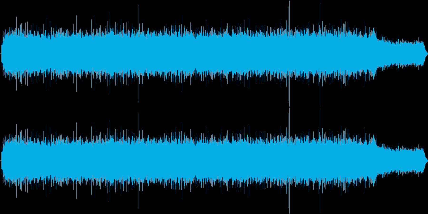 川の水が流れている音の再生済みの波形