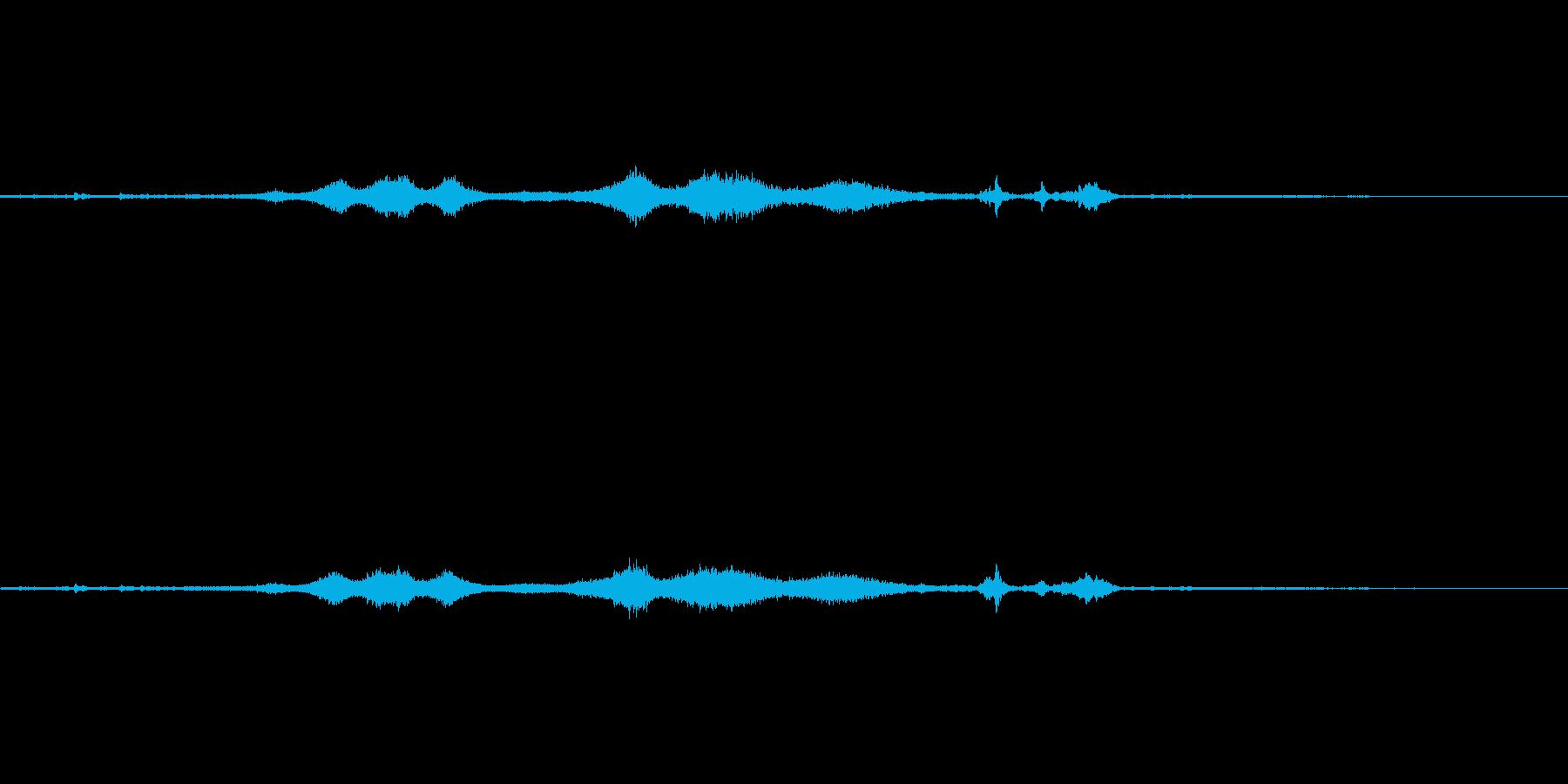 ガタンガタンキュー 電車の停車音の再生済みの波形