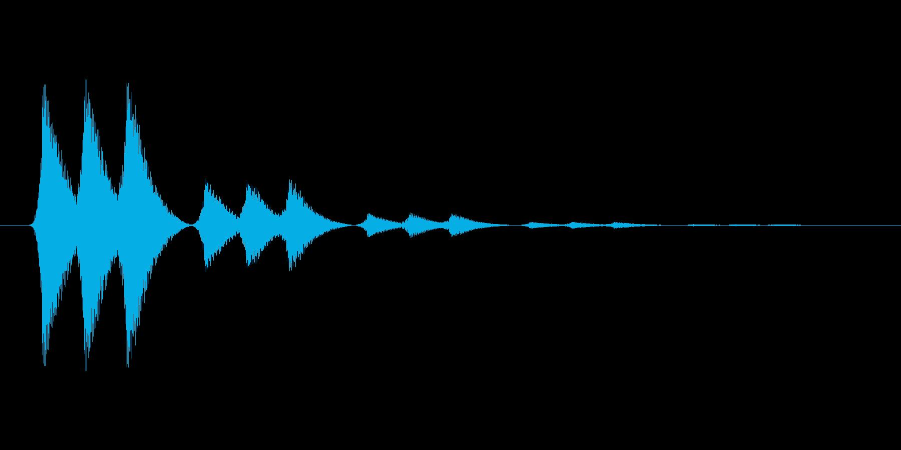 ファミコン風効果音 決定音系です 24の再生済みの波形