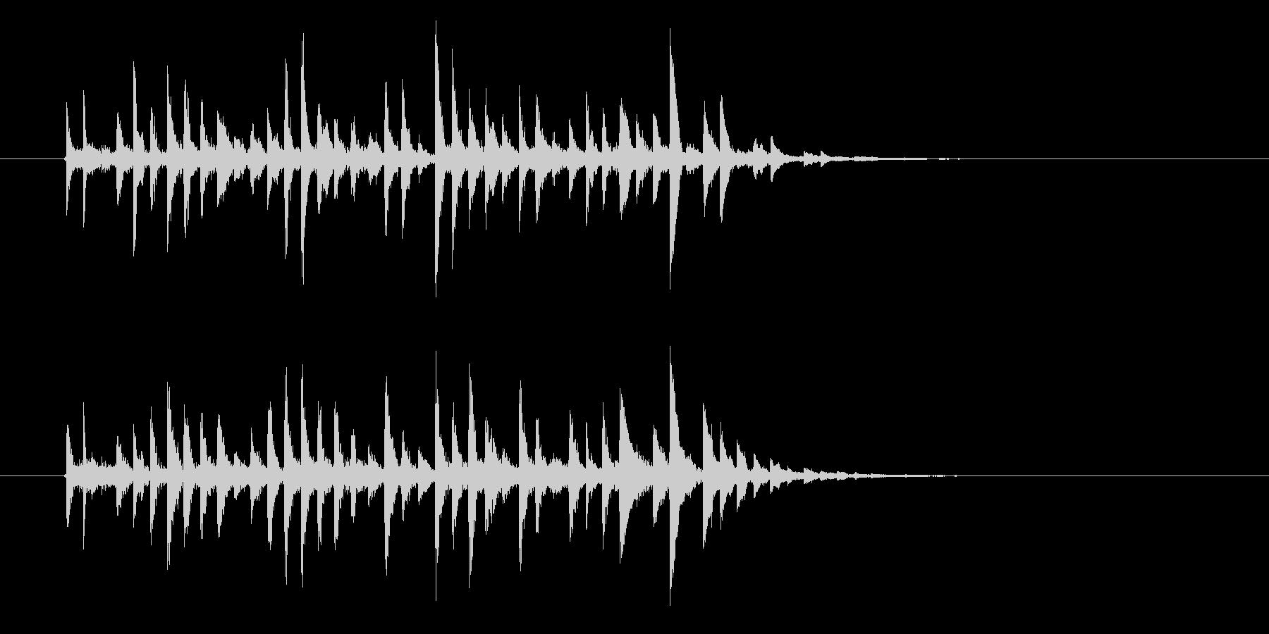 アップテンポなテクノ音楽の未再生の波形