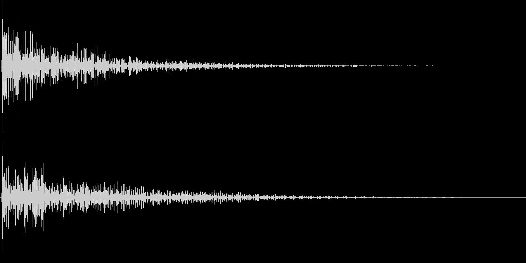 タッチ音 Low (ド――ン)の未再生の波形