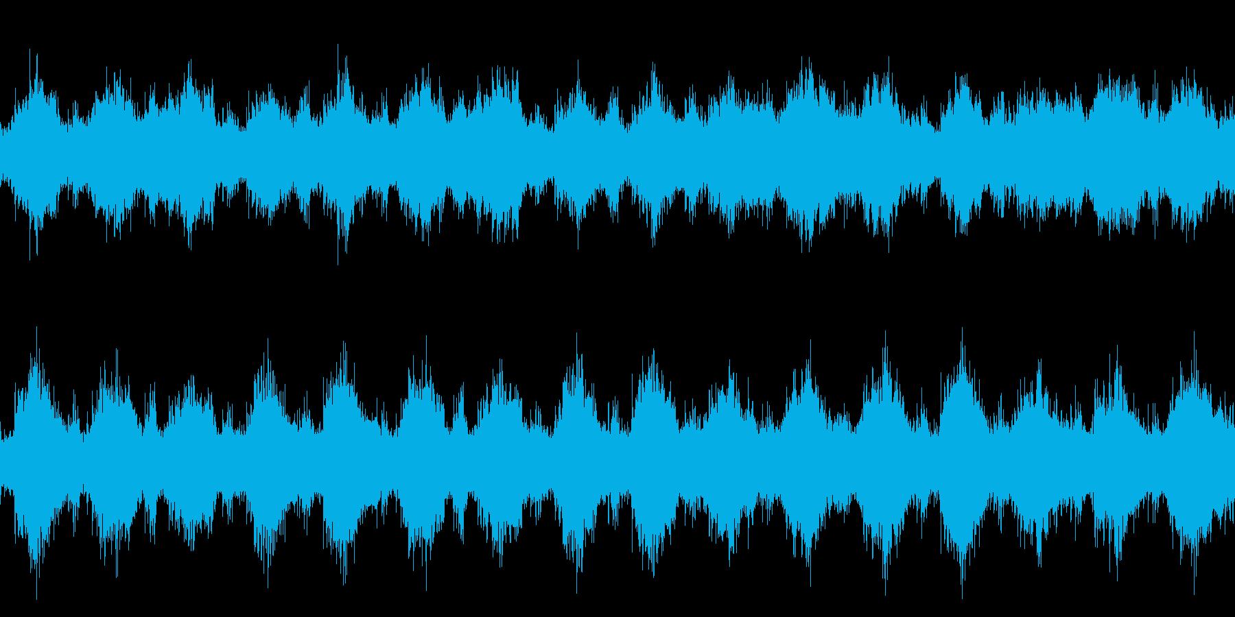 軍隊、侵攻など不穏なイメージ ループ版の再生済みの波形
