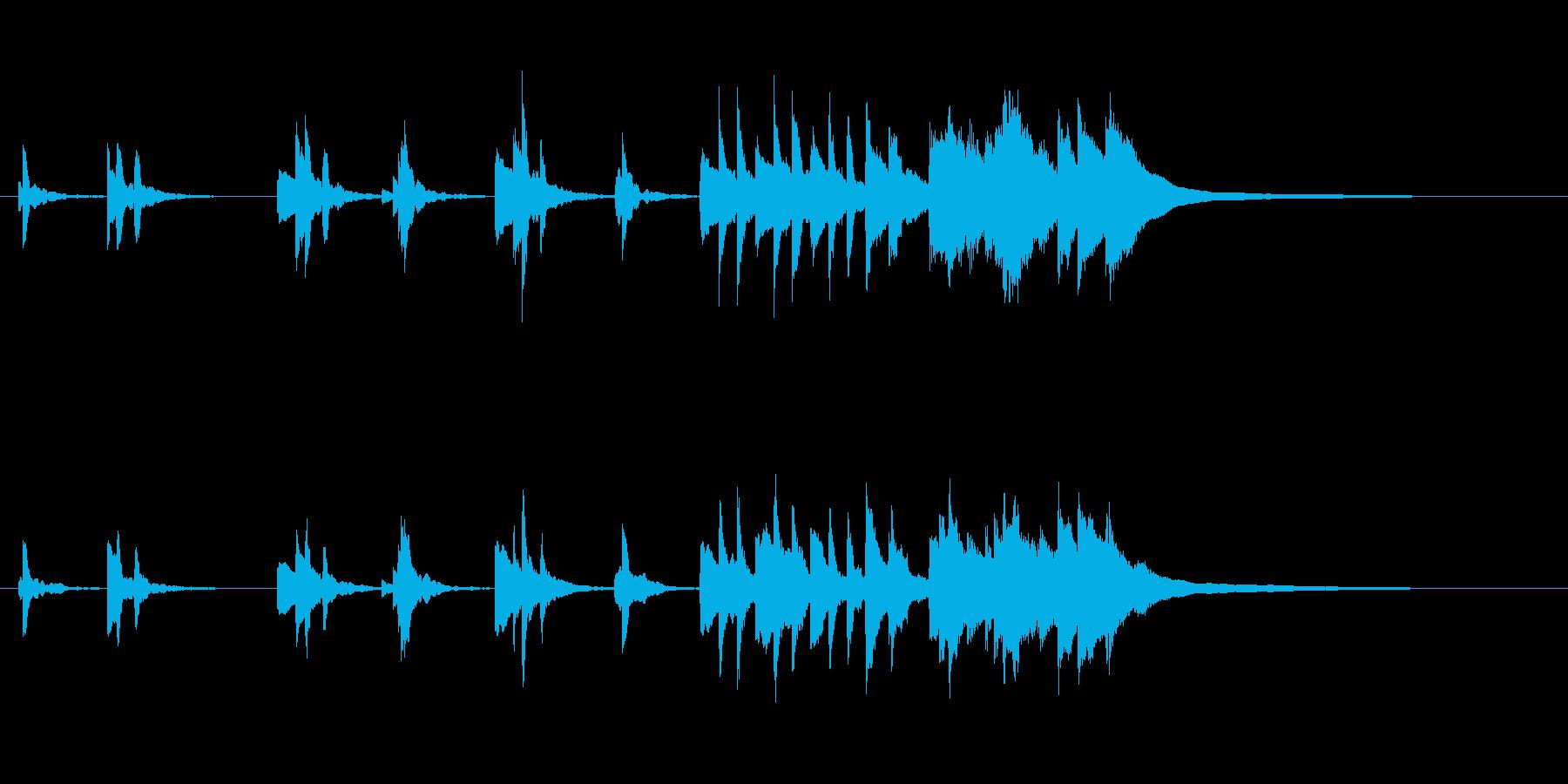 シンプルで、暖かいピアノジングルの再生済みの波形