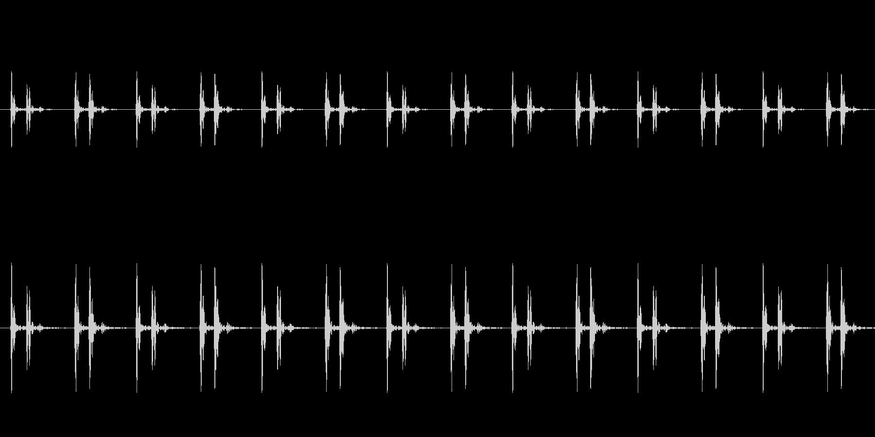 ホラーなどに適した低めの心臓の鼓動の未再生の波形