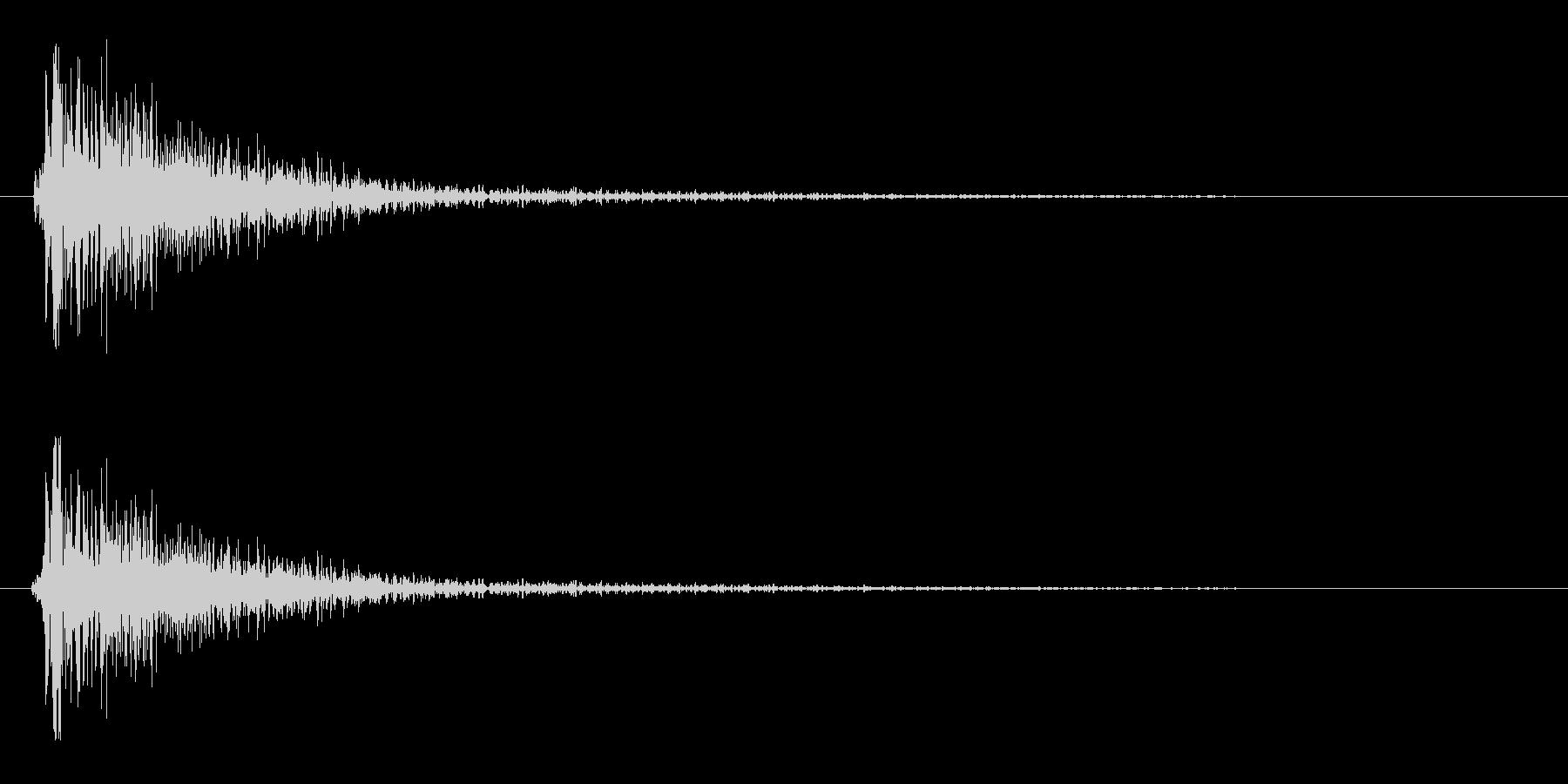 スネアドラムの音(弱め)の未再生の波形
