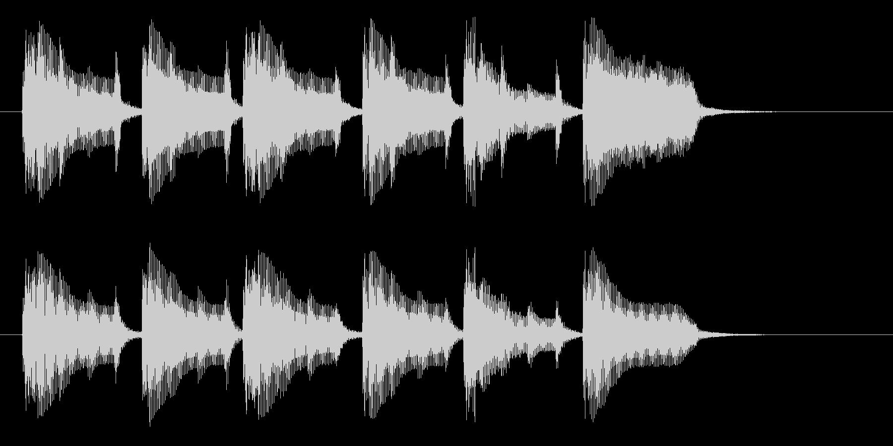 緊迫感と怪しさのあるインスト曲の未再生の波形