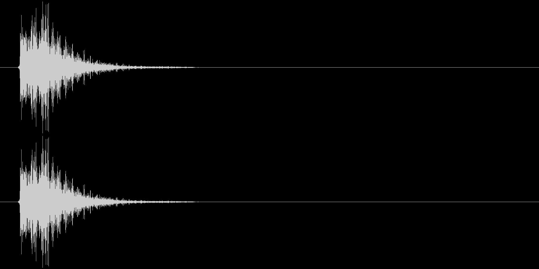 金属音(ピシ)の未再生の波形