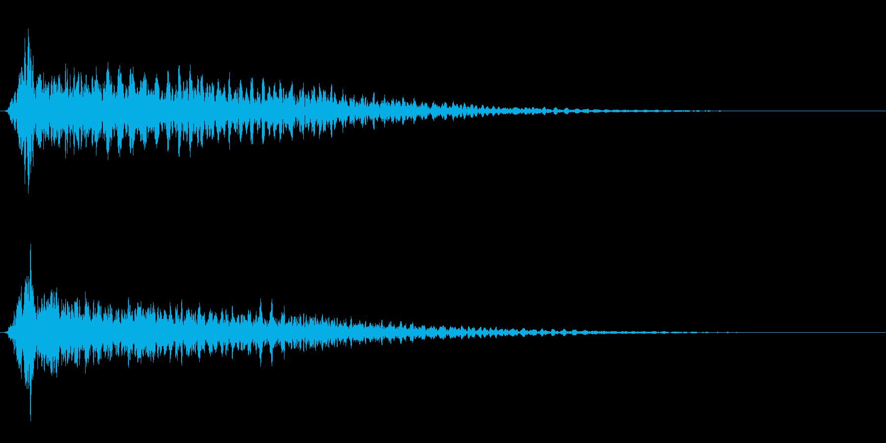 サスペンスに最適!ピアノの弦を弄ぶ音24の再生済みの波形