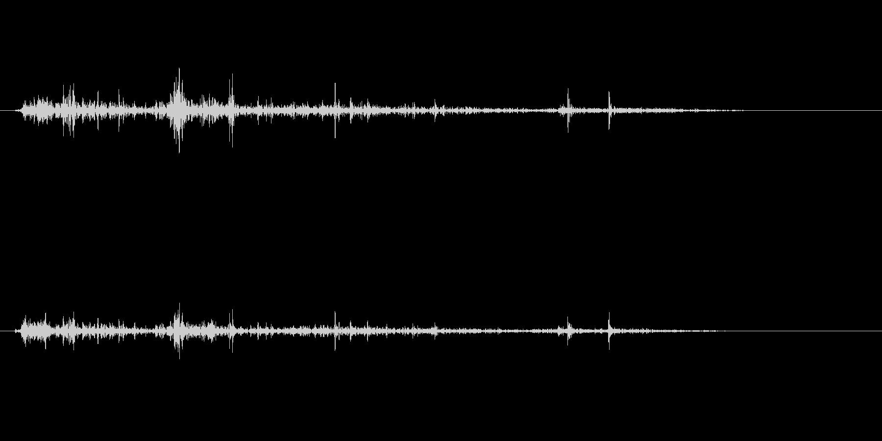 ゴリゴリゴリ(物音)の未再生の波形
