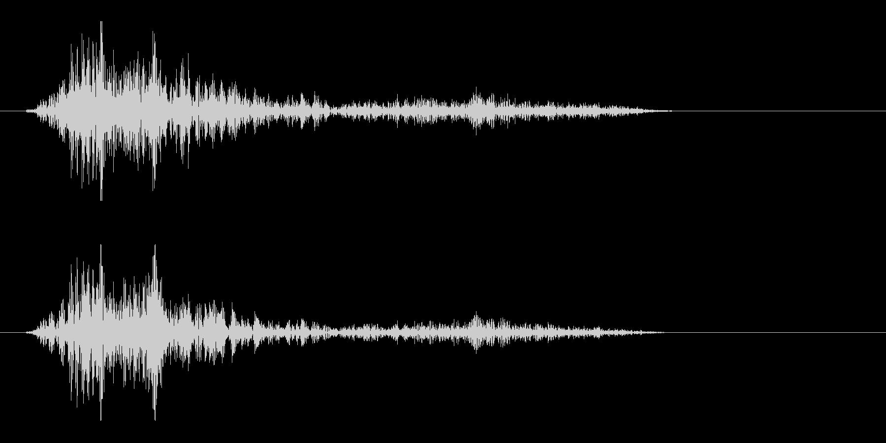 ビュンッと風を切る音の未再生の波形