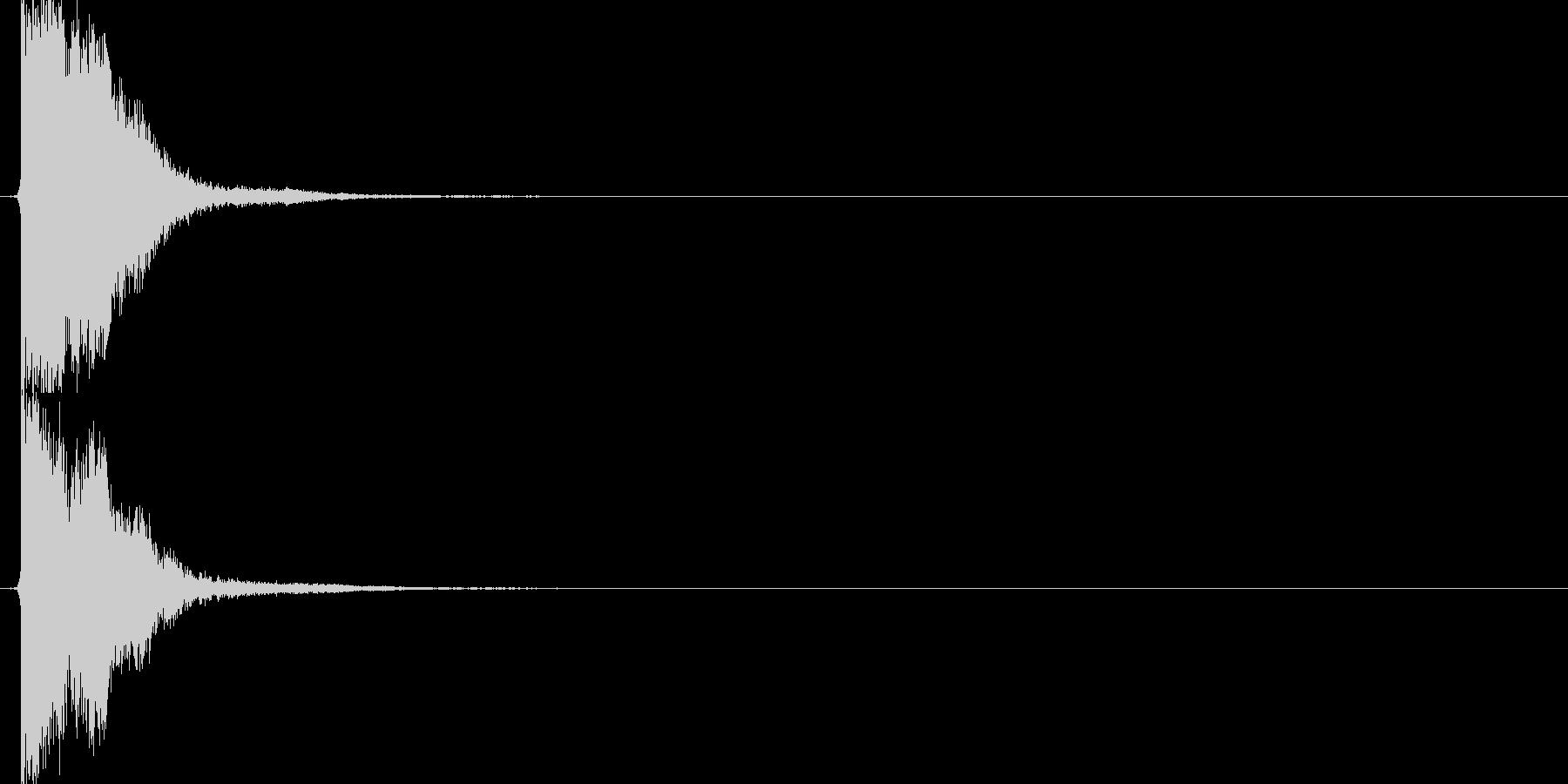 チーン(剣VS剣、刃先、金属、短剣)の未再生の波形