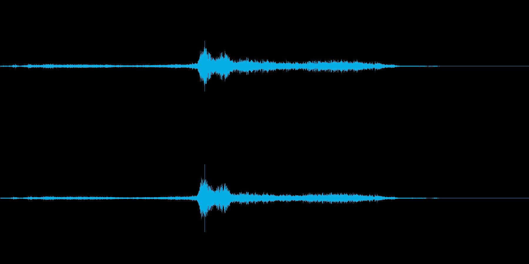 ガタンガタンキュー 電車の通過音の再生済みの波形