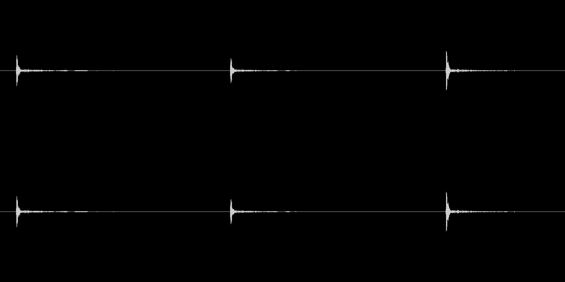 ノック、コンコンコン、足音(高い)の未再生の波形